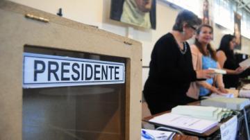 800 chilenos están habilitados en Bolivia para votar por su próximo presidente