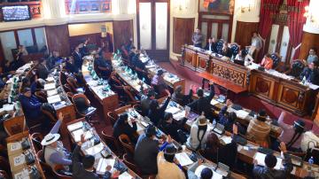 """Oficialismo y oposición hacen """"mea culpa"""" por Código Penal"""