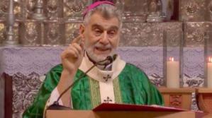 """Monseñor Gualberti: """"No caigamos en la tentación de la violencia"""""""