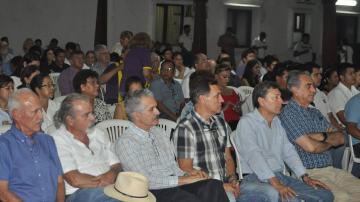 Asamblea de la Cruceñidad resuelve instalar huelga de hambre desde el jueves