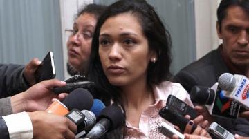 """Presidenta del Senado afirma que al MAS no le preocupa el """"reciclaje"""" de Bolivia dice No"""