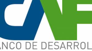 CAF fortalece la formación de economistas en Bolivia para impulsar su productividad